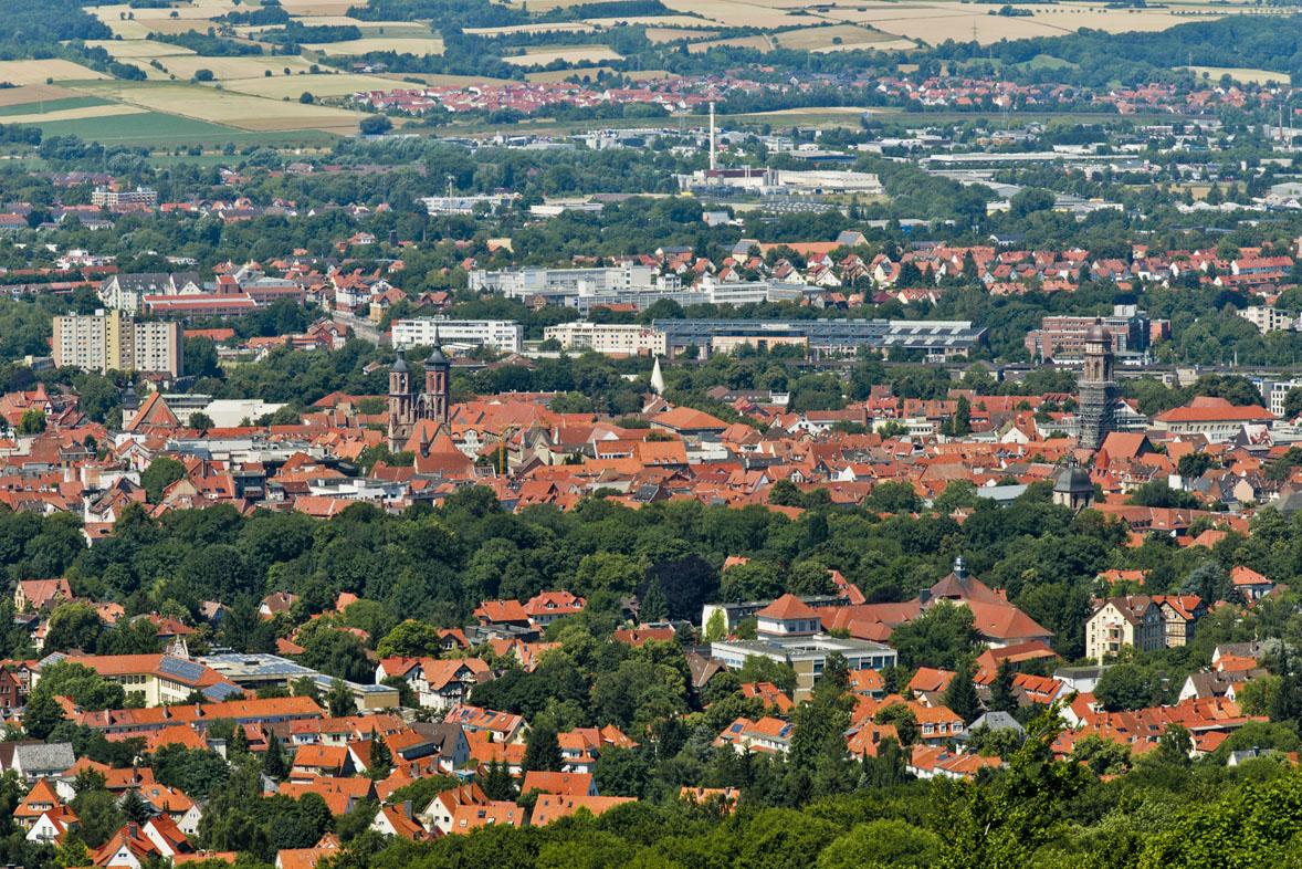 Blick vom Bismarckturm auf Göttingen und das Leinetal